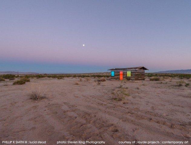 atlatszo-haz-a-sivatagban-09