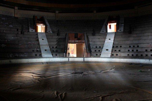 elhagyatott-cirkusz-moldova-fovarosaban-09