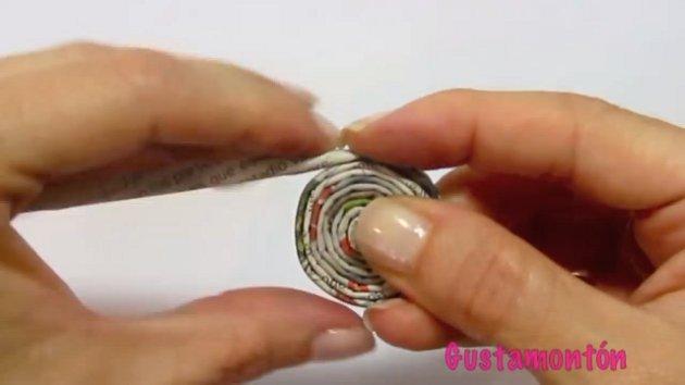 gyumolcsos-tal-ekszerdoboz-ujsagpapirbol-07