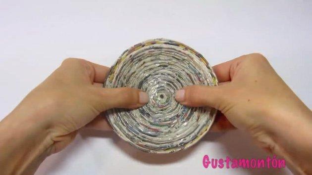 gyumolcsos-tal-ekszerdoboz-ujsagpapirbol-09