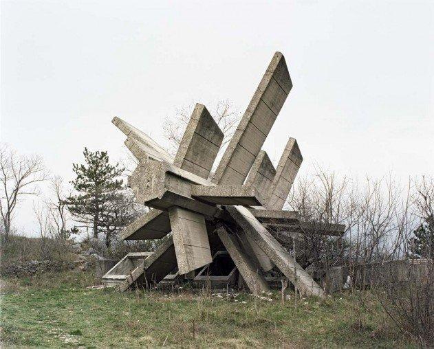 jugoszlav-emlekmuvek-07
