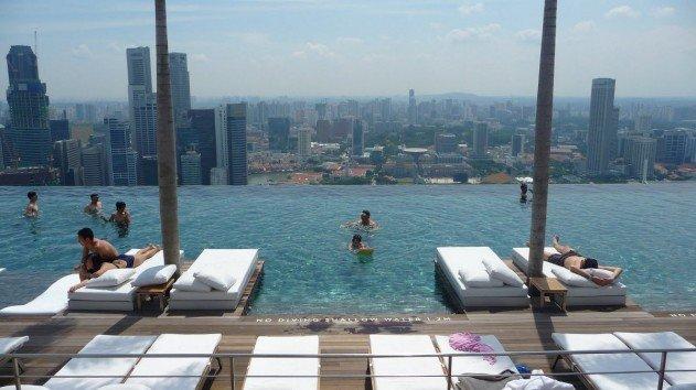 szingapur-marina-bay-sands-hotel-vegtelen-medence-03