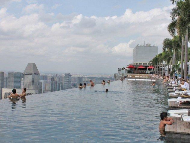 szingapur-marina-bay-sands-hotel-vegtelen-medence-13