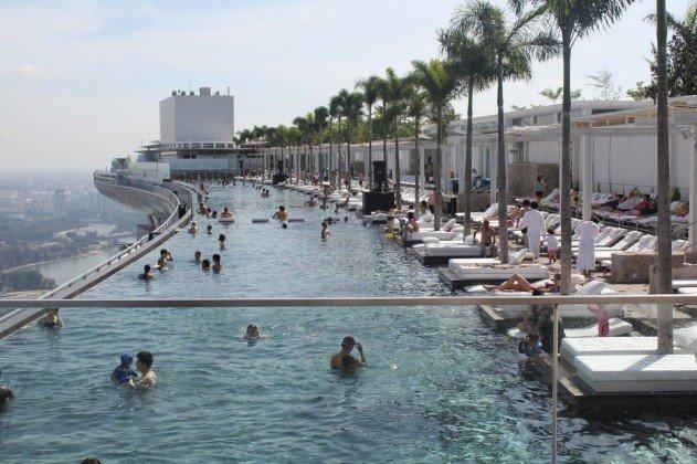 szingapur-marina-bay-sands-hotel-vegtelen-medence-14