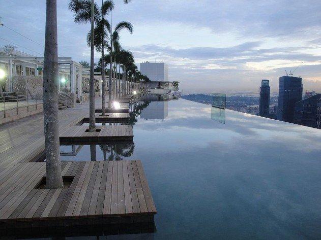 szingapur-marina-bay-sands-hotel-vegtelen-medence-19