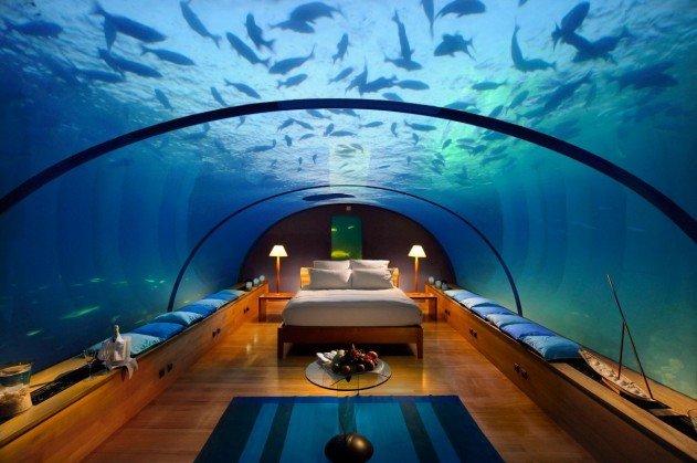 viz-alatti-szoba-a-maldiv-szigeteken-04