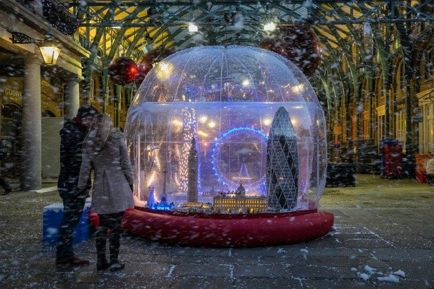 london-lego-hogomb-snow-globe-covent-garden-01