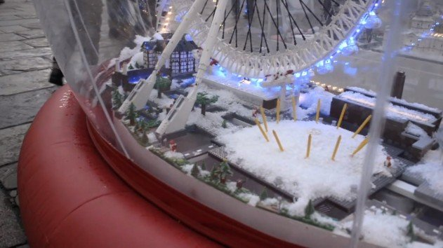 london-lego-hogomb-snow-globe-covent-garden-21