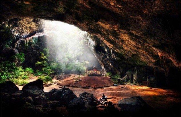 lelegzetelallitoan-szep-barlang-a-nagyvilagbol-26